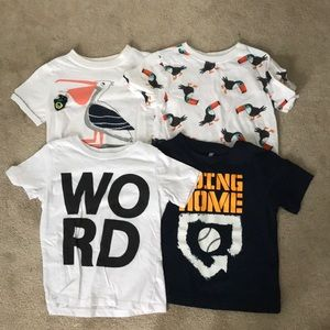 4 bundle of tshirts.